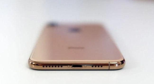 Port Lightning iPhone 2020