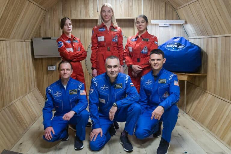 """NASA Bayar Orang untuk """"Dikurung"""" 8 Bulan di Simulasi Mars"""