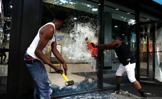 Apple Store Dijarah Massa Demo George Floyd