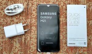 5. Review Samsung Galaxy M21