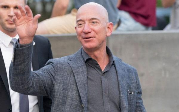 Jeff Bezos Temui DPR