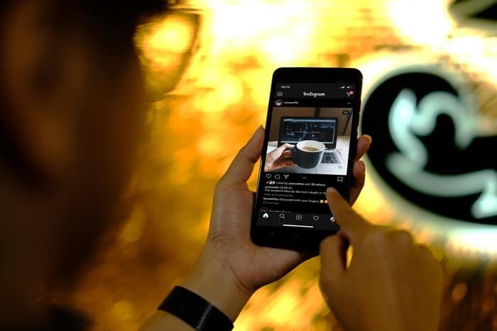 Facebook Jadi Media Sosial Favorit Pengguna Tri