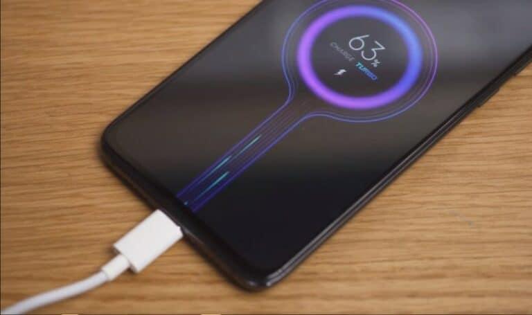 Edan! Xiaomi Bikin Charger dengan Fast Charging 120W