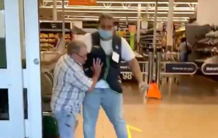 Abaikan Penggunaan Masker, Kakek Ini Ngeyel Terobos Supermarket