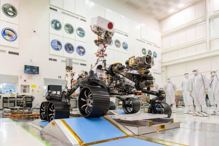 Apresiasi Tenaga Medis, NASA Pasang Penghargaan di Robot Mars