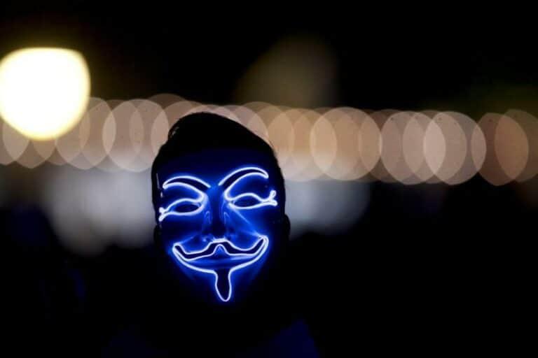 """Hacker Anonymous """"Bangkit dari Kubur"""" Saat Demo George Floyd"""