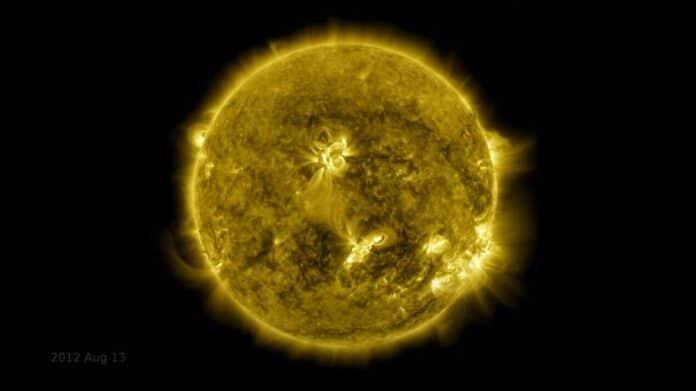 Timelapse 10 Tahun Matahari