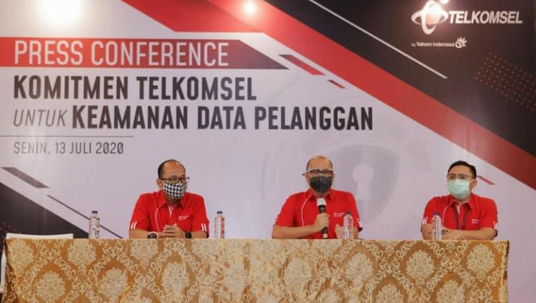 Bos Telkomsel 'Curhat' Soal Keamanan Data Pelanggan
