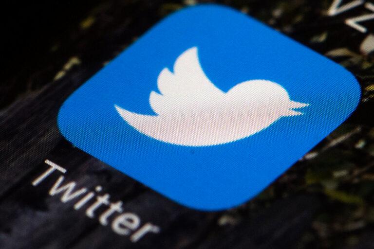 Terkait Penipuan Bitcoin, Twitter Sebut Peretas Akses Pesan Langsung