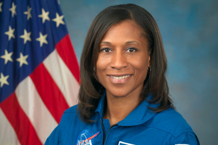 Astronot Kulit Hitam Jeanette Epps