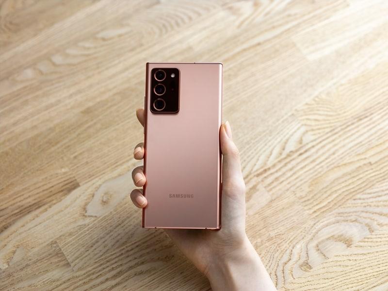 Smartphone HP kamera optical zoom terbaik