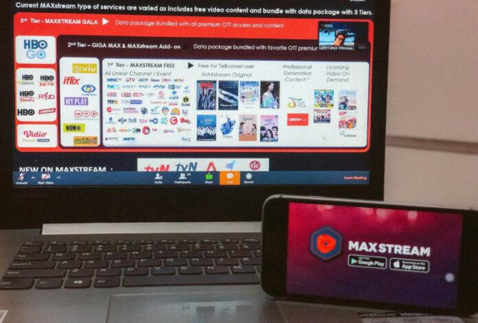 MAXstream Telkomsel Wisuda Online