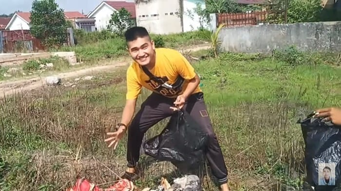 Viral Prank Daging Kurban Isi Sampah, Netizen: Gak Ada Akhlak!