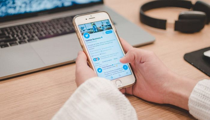Aplikasi media sosial populer