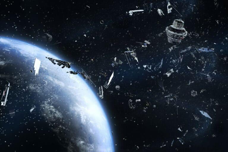 Ilmuwan Temukan Cara Melacak Sampah Luar Angkasa