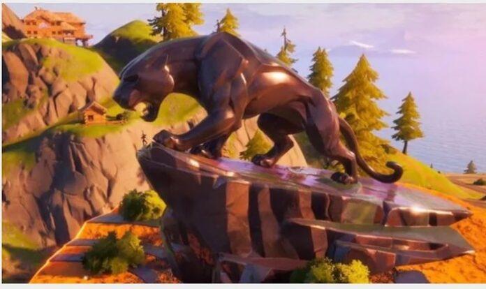Patung Black Panther Fortnite