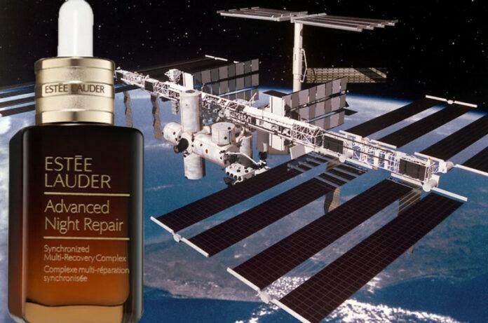 Produk Estée Lauder ke luar angkasa