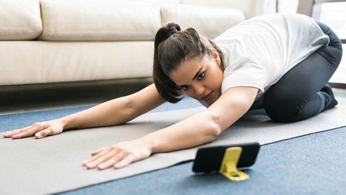 Olahraga di Rumah Asyik dengan Gadget