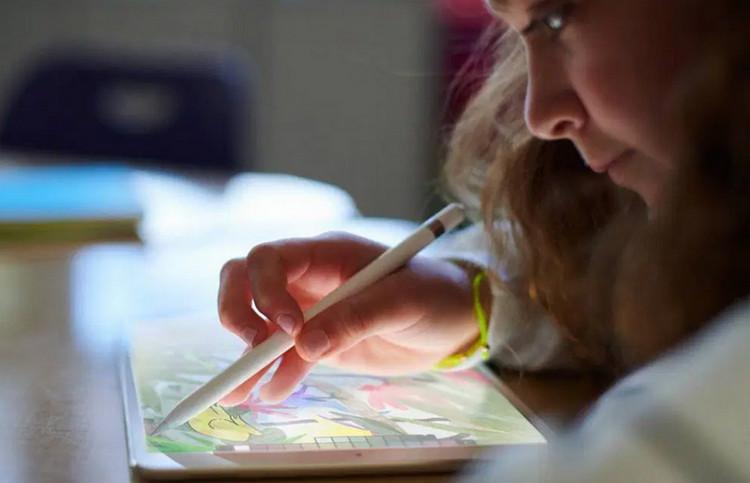 Bakal Ada Layar di Apple Pencil, Apa Fungsinya?