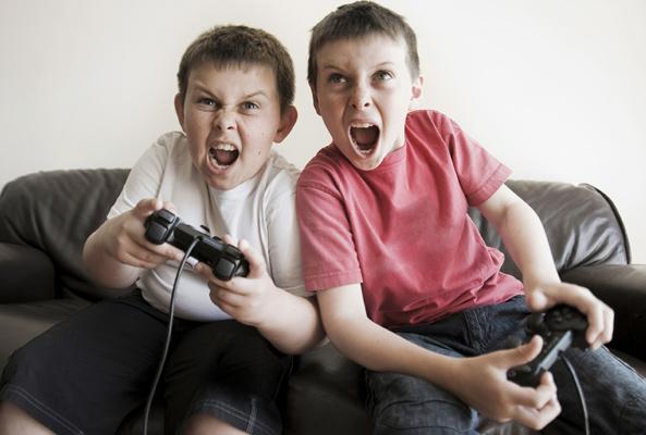 Anak Jadi Lebih Agresif Setelah Bermain Game, Apa Iya?