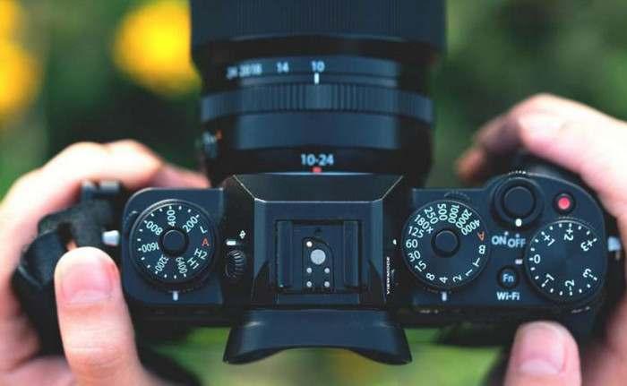 10 Kamera Mirrorless Terbaik 2020, Buat yang Hobi Fotografi