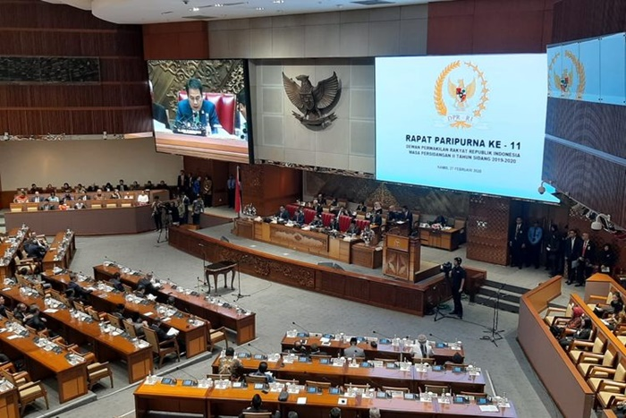 Video Rapat Paripurna Omnibus Law Banjir Dislike Netizen