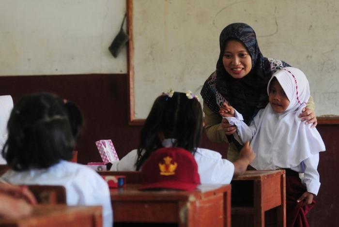 Warganet Ramai Ucapkan Selamat Hari Guru Nasional