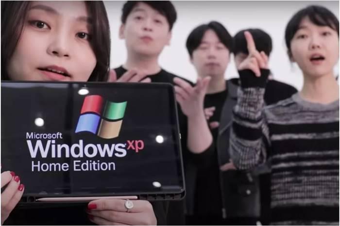 Wahh… Grup Akapela Ini Tiru Efek Suara Opening Windows XP