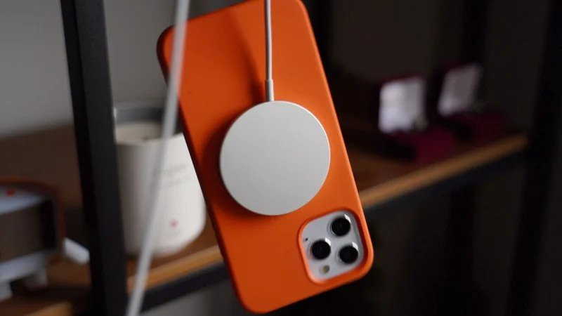 iPhone 12 pacu jantung