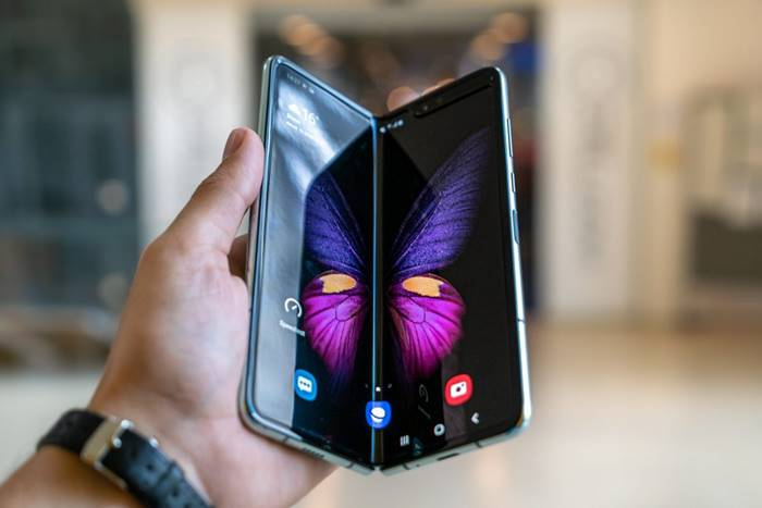 Smartphone prosesor 64 bit Samsung Galaxy Fold