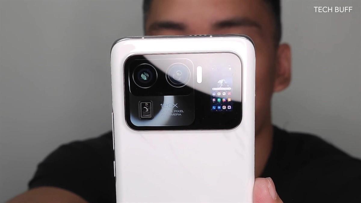 Desain Spesifikasi Xiaomi Mi 11 Ultra