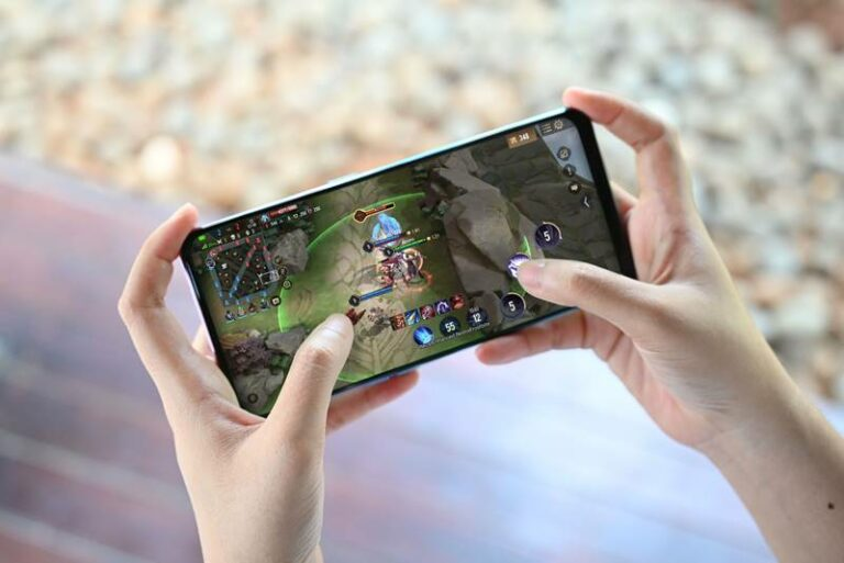 "5 Alasan Oppo Reno5 F Layak jadi Ponsel ""Gaming for Everyone"""