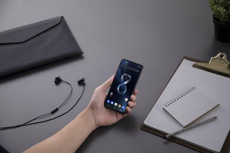 Fitur Asus ZenFone 8