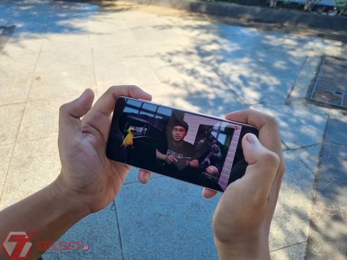 streaming video menggunakan jaringan Tri