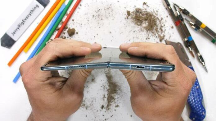 Huawei Mate X2 JerryRigEverything