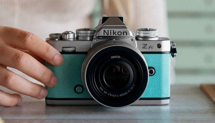 Nikon  Z fc, Kamera Mirrorless Modern dengan Desain Retro