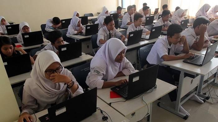 Ini Spesifikasi Laptop yang Dibagikan Kemendikbud untuk Sekolah