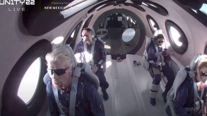 Richard Branson Virgin Galactic Luar Angkasa