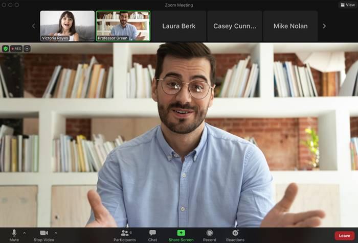 Zoom Focus Mode Belajar Online