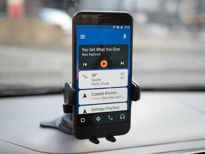 Google Resmi Matikan Android Auto untuk Smartphone, Ini Penggantinya!