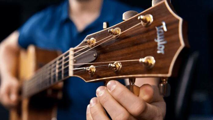 Cara stem gitar Android iOS PC Laptop