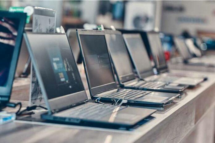 Pasar PC Laptop Global Lenovo