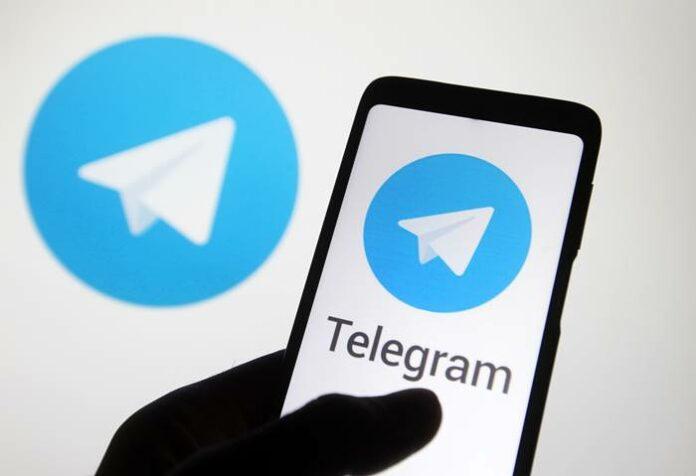 whatsapp down pengguna telegram